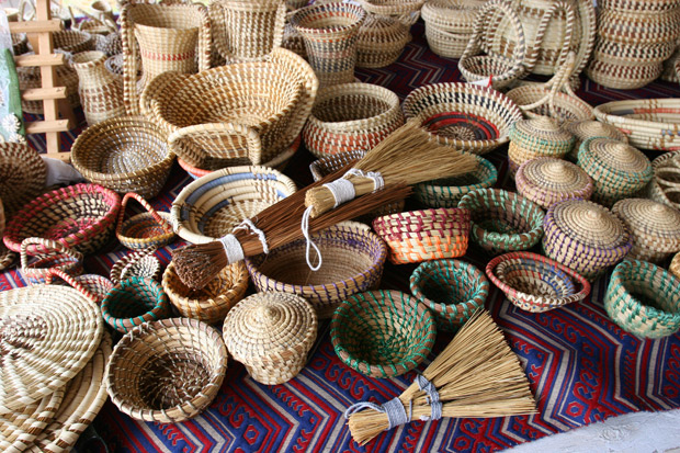 wide selection of Gullah Sweetgrass baskets for sale in Charleston