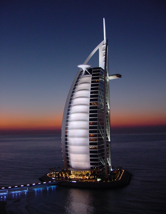 Burj al arab in dubai the world 39 s only 7 star hotel Dubai hotel pictures 7 star