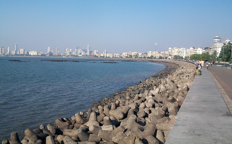 The Queens Necklace along Mumbai waterfront