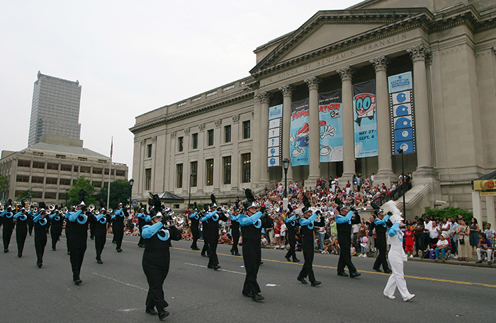 4th of July Parade passing Franklin Institute, Philadelphia